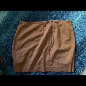 Zipper back mini skirt